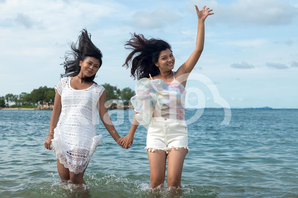 Waterplay girls