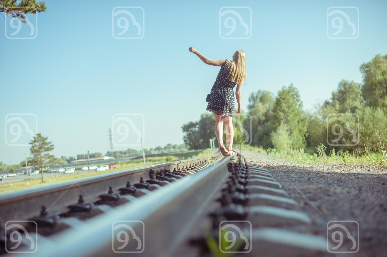 girl goes on rails