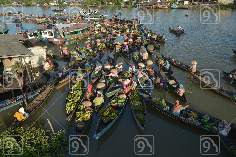 Floating market Lok Baintan Banjarmasin Indonesia