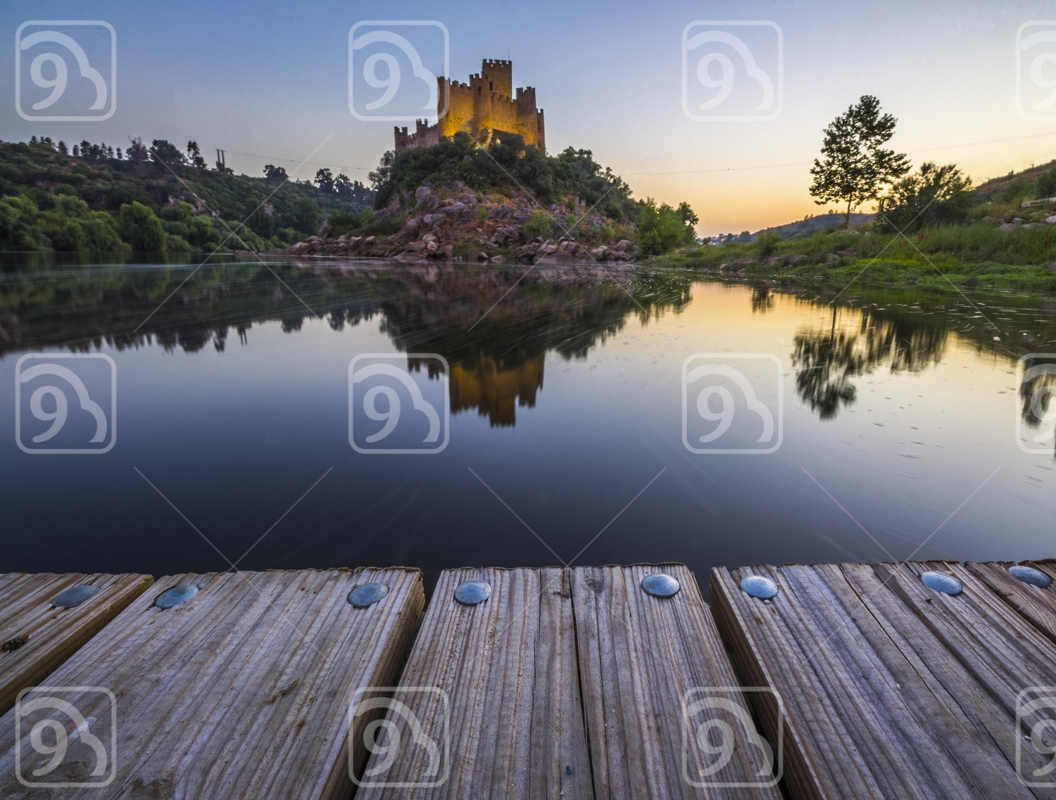castle water and wood