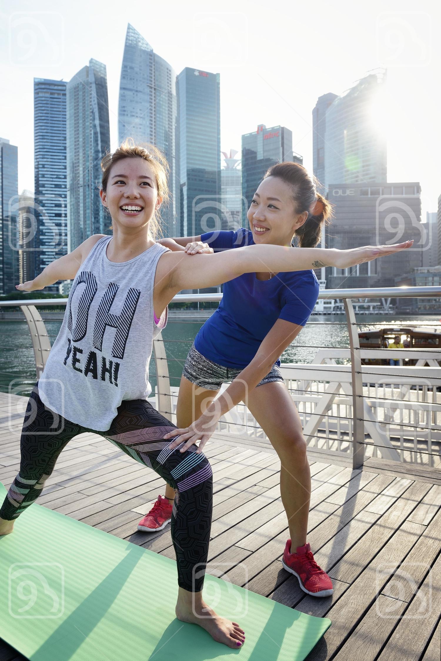 Yoga lesson at Marina Bay