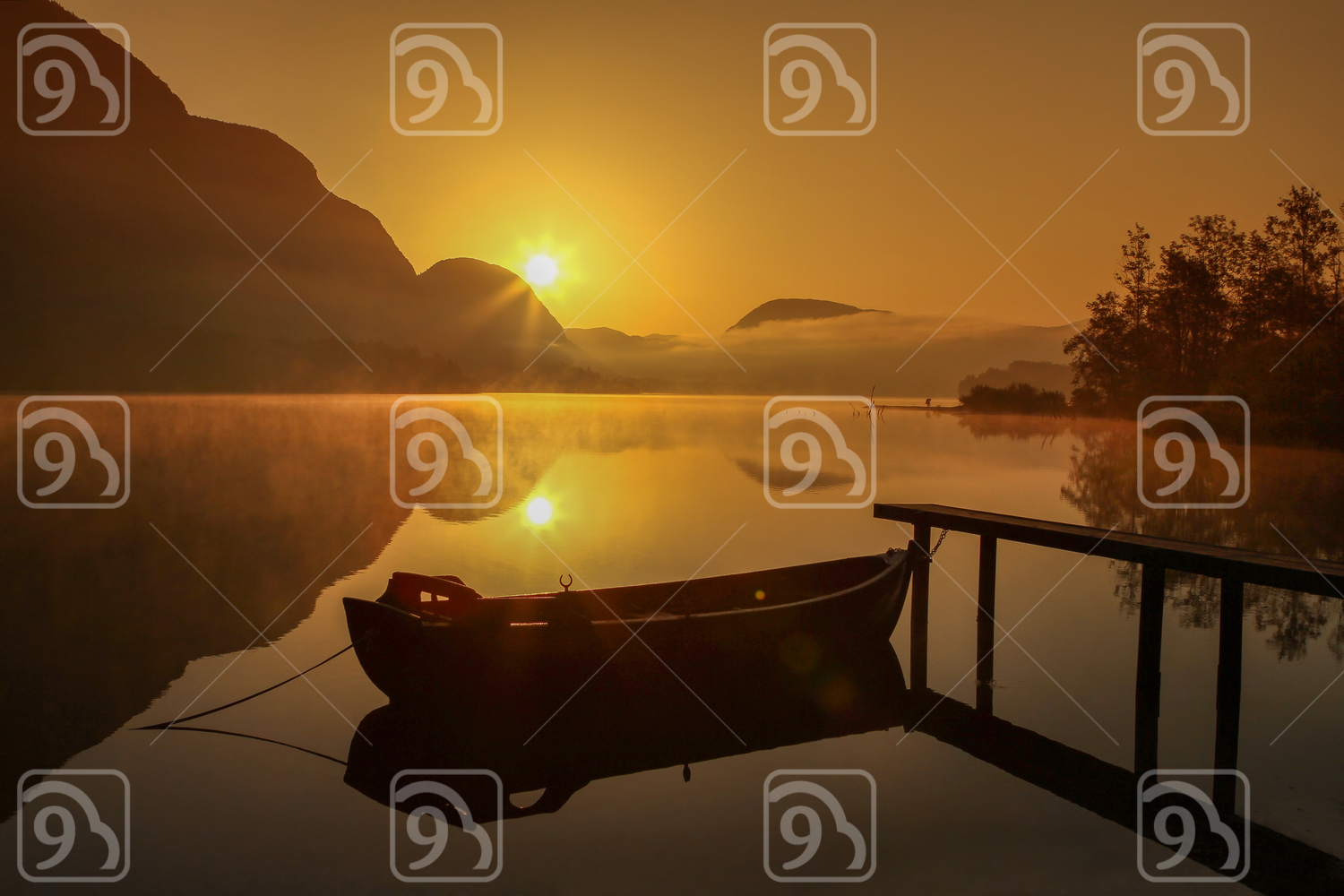 Bohinj's lake morning