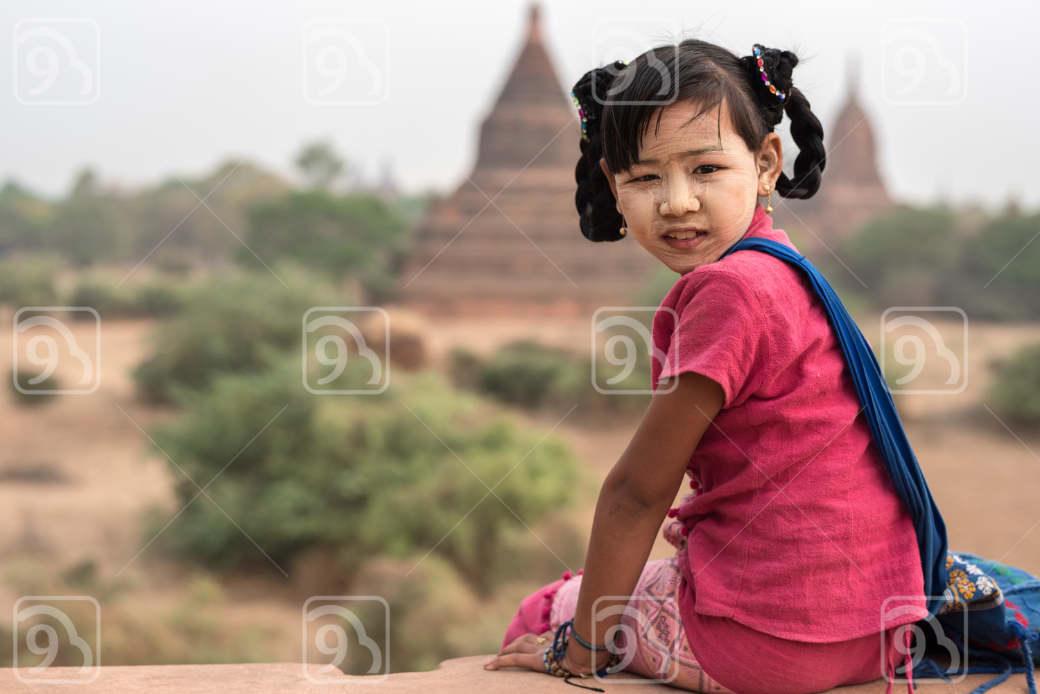 Burmese girl at Old Bagan