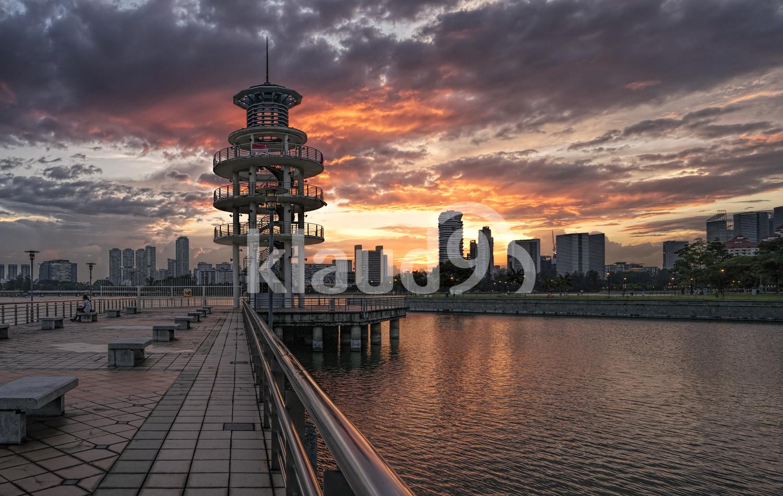 Sunset at Tanjong Rhu Tower, Singapore