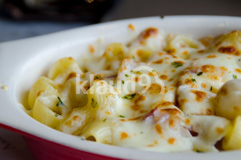Traditional Macaroni Cheese