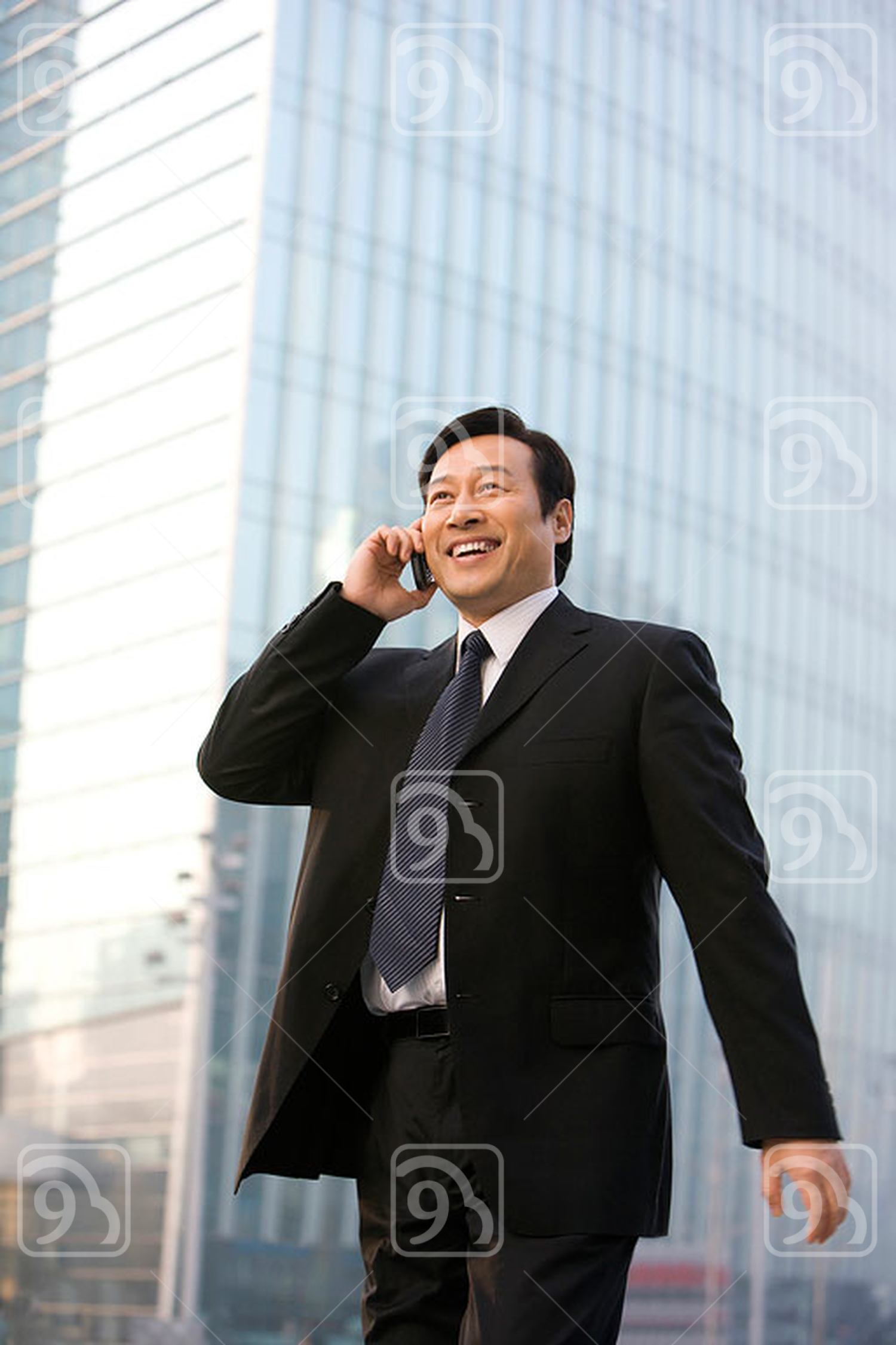 Chinese business Leader Staying Connected