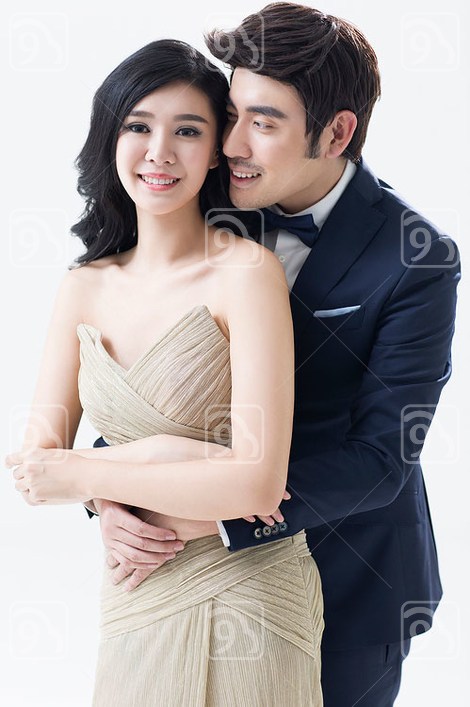Elegant young Chinese couple
