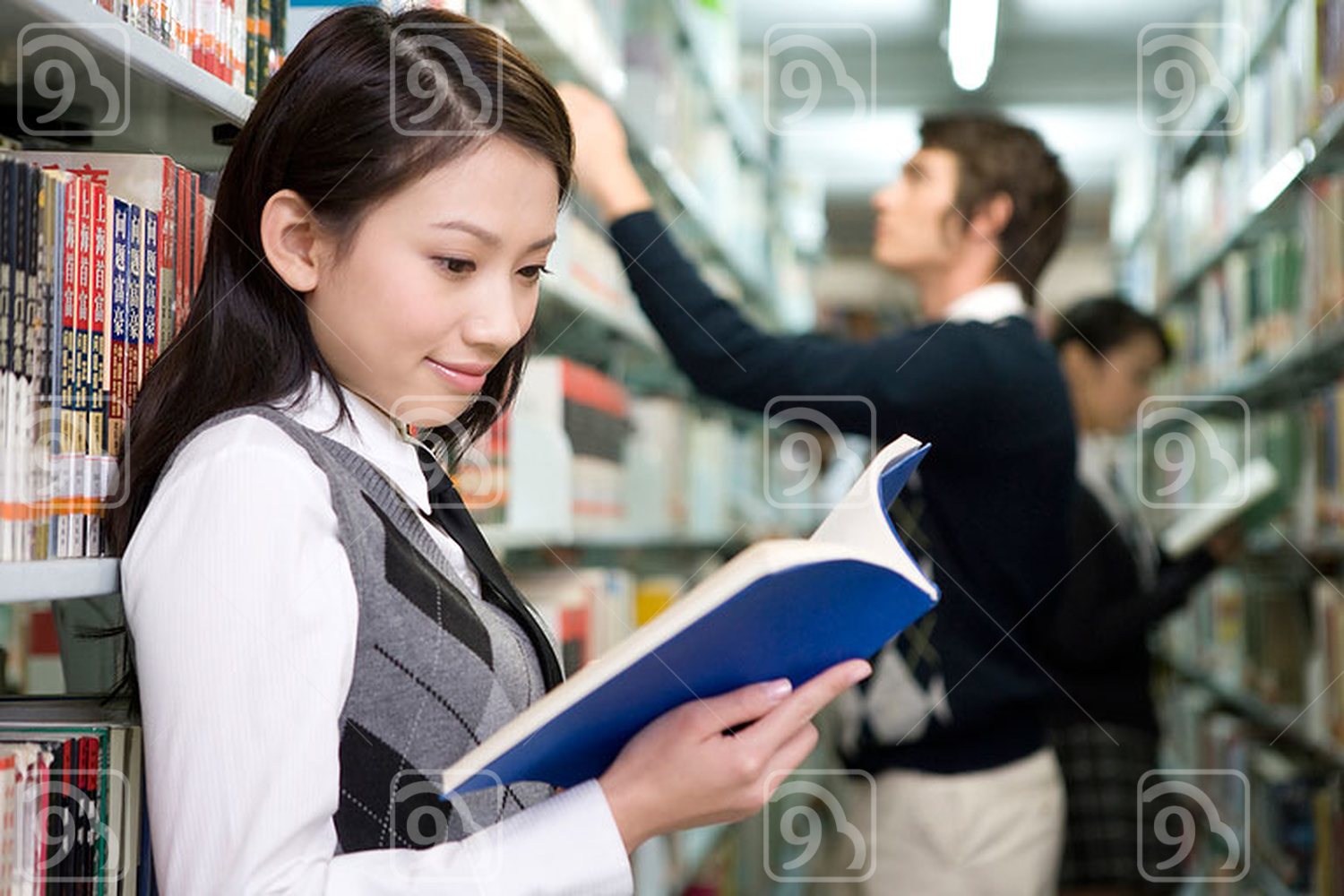 Chinese students in the library