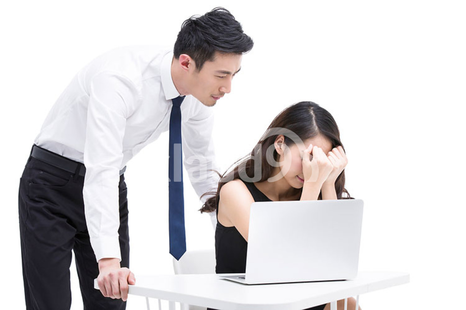 Chinese office workers getting stuck with difficulties