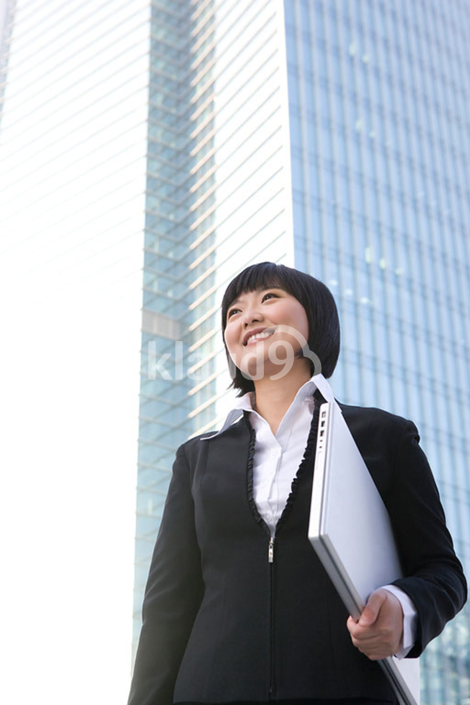 Chinese businesswoman with laptop