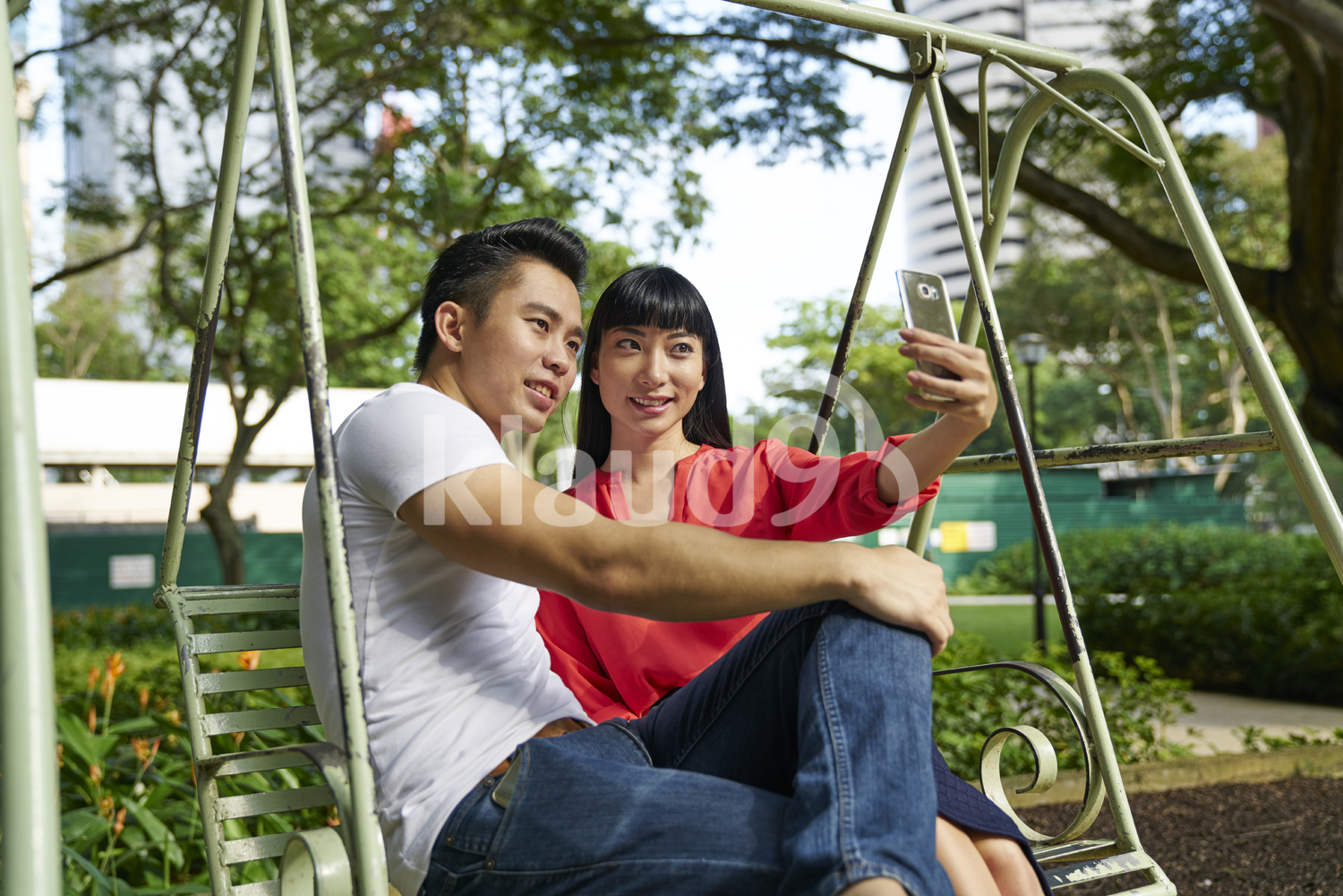 Couple taking a selfie in Tanjong Pagar, Singapore