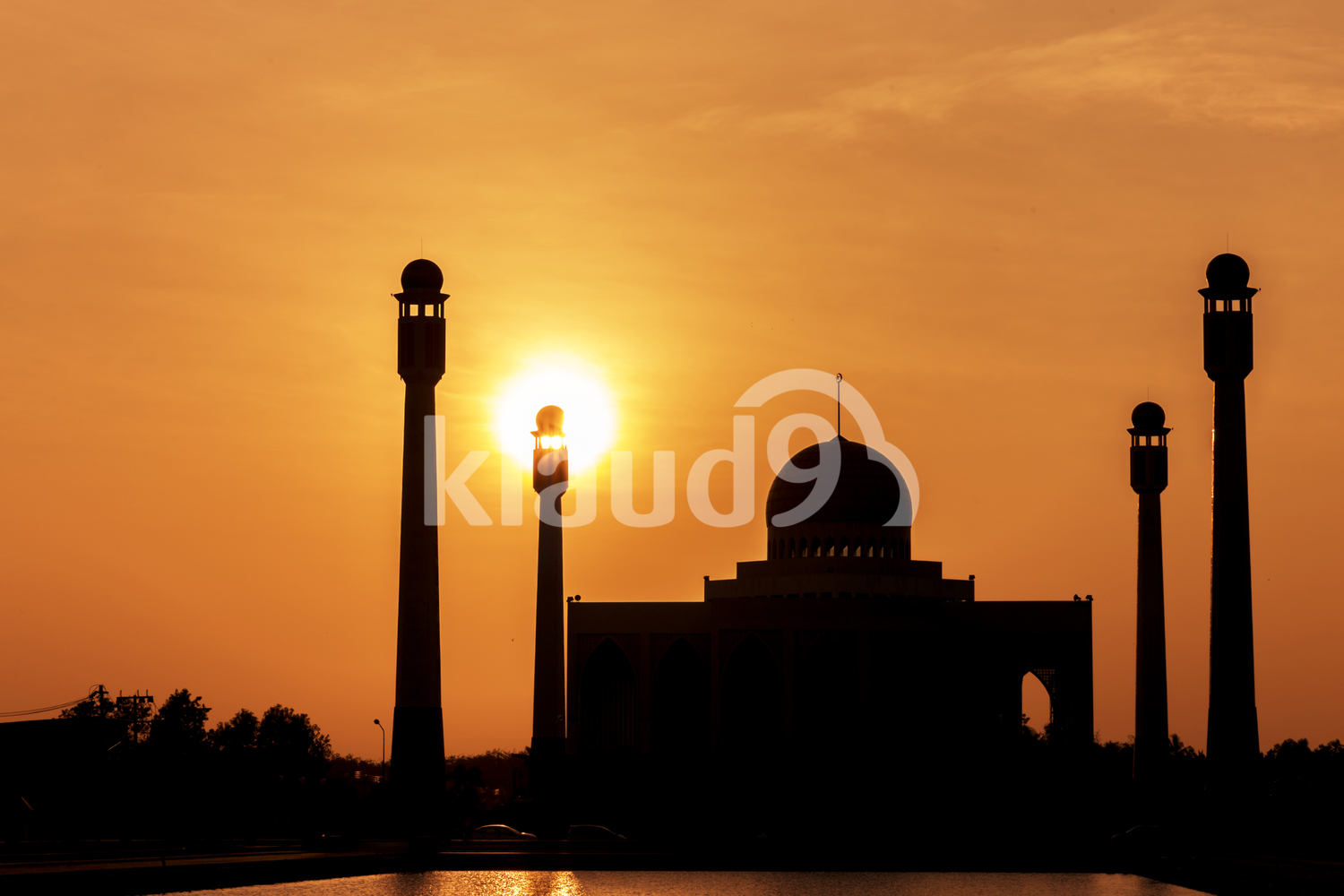 Hatyai central mosque at sunset