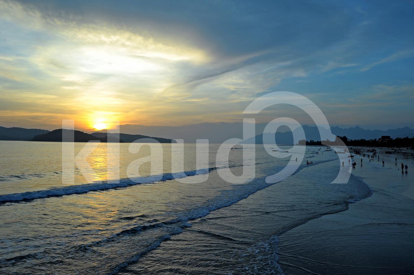 CENANG BEACH SUNSET